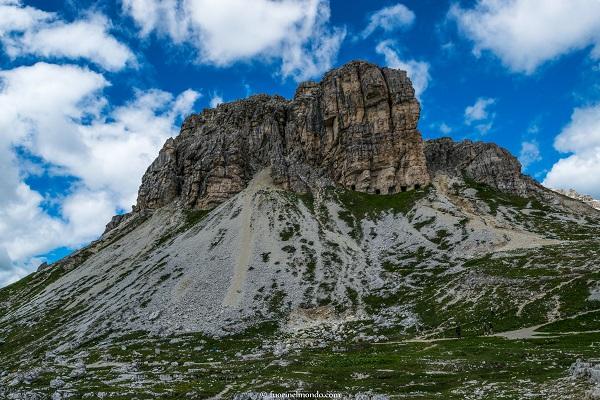 montagna-vicino-alle-tre-cime-di-lavaredo