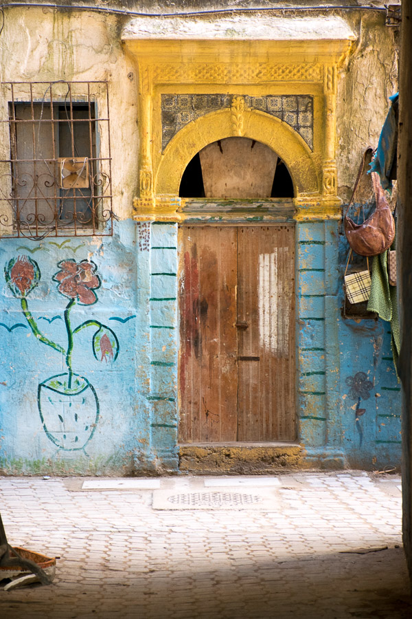 Ingresso casa colorato a Essaouira