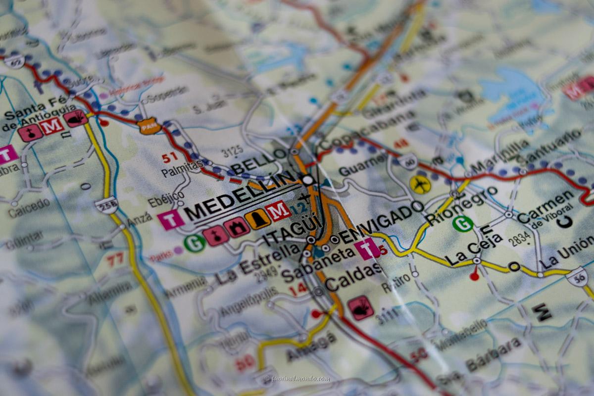 Mappa Colombia con Medellin