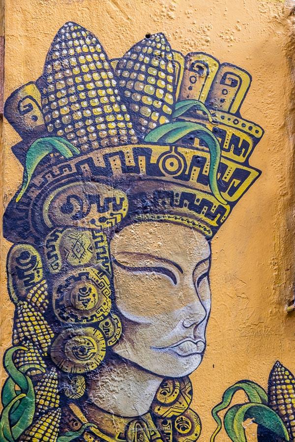 Murales Dio antico Bogotà
