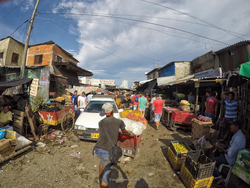 Mercato Bazurto Cartagena