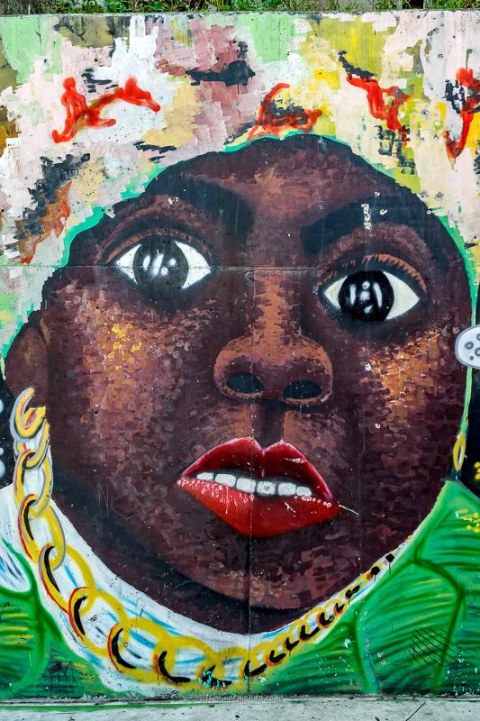 Murales donna afro, Comuna13