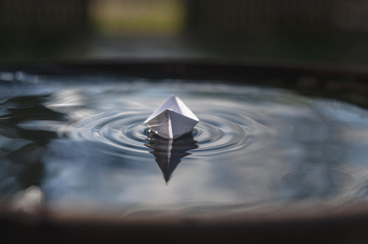 barca nell'acqua
